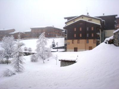 Location au ski Studio 3 personnes (018) - Résidence la Camarine - Valmorel - Extérieur hiver