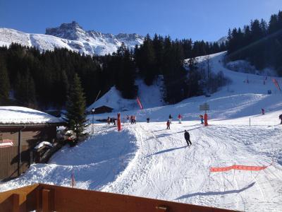 Vacances en montagne Résidence la Roche Combe - Valmorel - Extérieur hiver