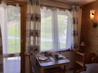 Location au ski Studio 2 personnes (027) - Résidence le Riondet - Valmorel