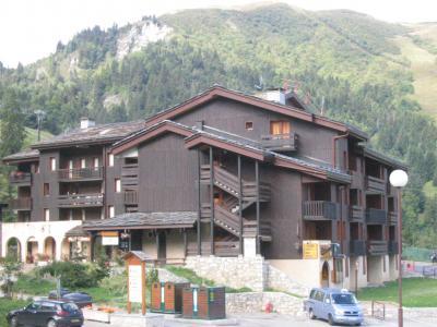 Location au ski Studio 4 personnes (028) - Résidence les Pierres Plates - Valmorel - Extérieur hiver
