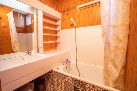 Location au ski Appartement 2 pièces 6 personnes (029) - Résidence les Teppes - Valmorel - Baignoire