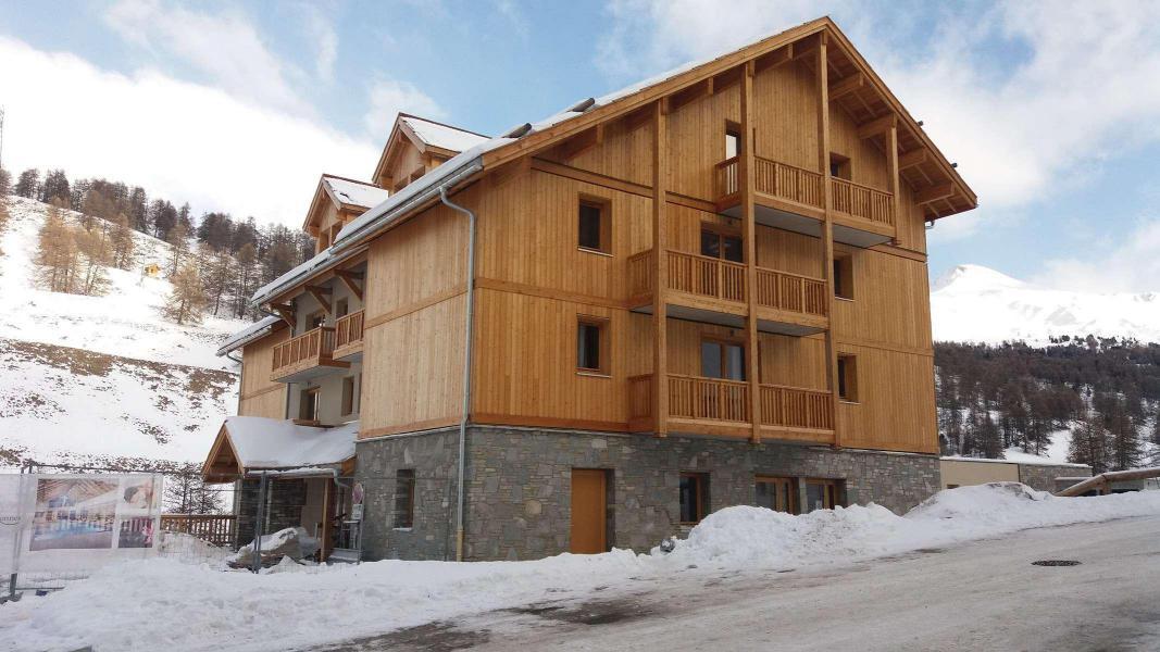Rent in ski resort 3 room apartment 6 people (55) - Chalets des Rennes - Vars
