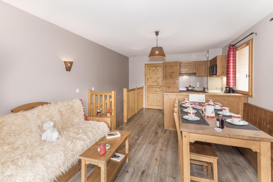 Rent in ski resort 4 room duplex apartment 8 people - Les Chalets Des Rennes - Vars - Living room
