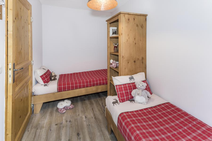 Rent in ski resort 4 room duplex apartment 8 people - Les Chalets Des Rennes - Vars - Single bed
