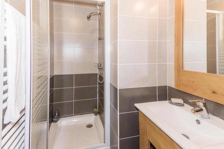 Location au ski Appartement duplex 4 pièces 8 personnes - Les Chalets Des Rennes - Vars - Douche