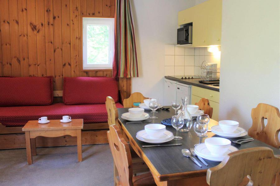 Rent in ski resort 3 room apartment 6 people (309) - Résidence l'Eyssina - Vars - Table