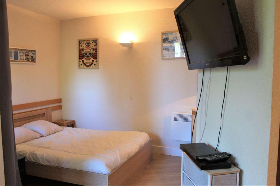 Rent in ski resort Studio cabin 6 people (670) - Résidence l'Eyssina - Vars