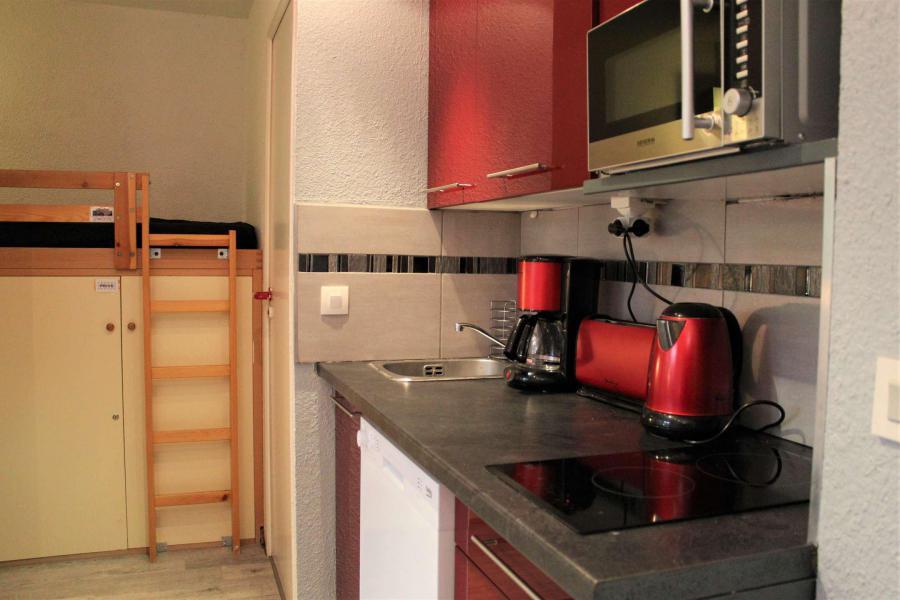 Rent in ski resort Studio cabin 4 people (888) - Résidence l'Eyssina - Vars - Shower