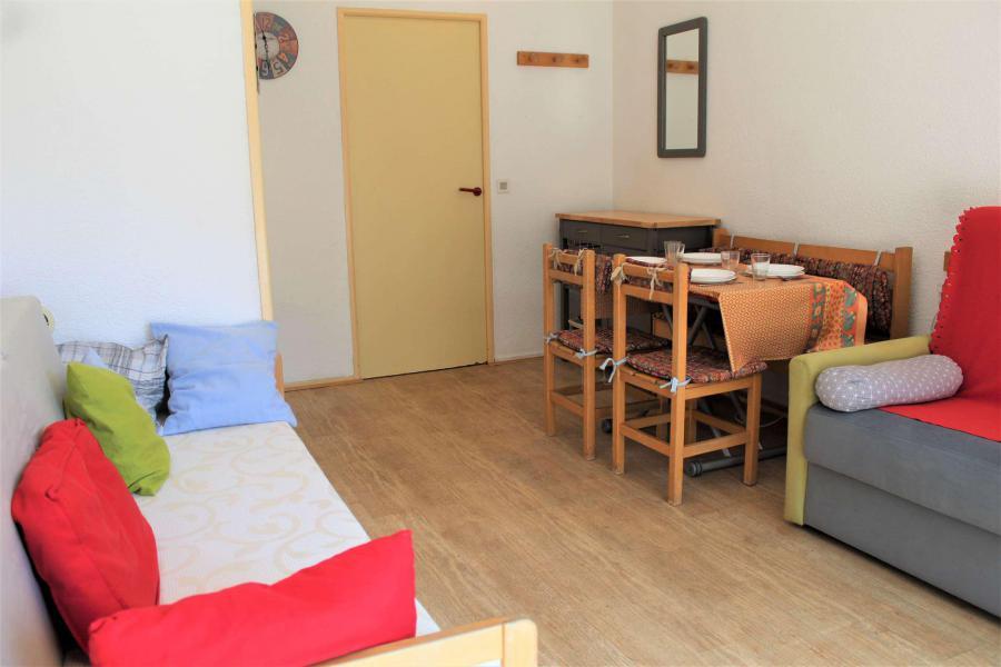 Rent in ski resort Studio sleeping corner 4 people (213) - Résidence l'Eyssina - Vars - Kitchenette