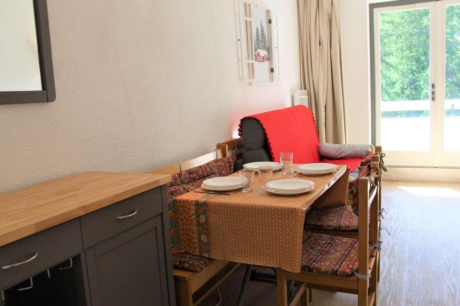 Rent in ski resort Studio sleeping corner 4 people (213) - Résidence l'Eyssina - Vars - Sofa-bed