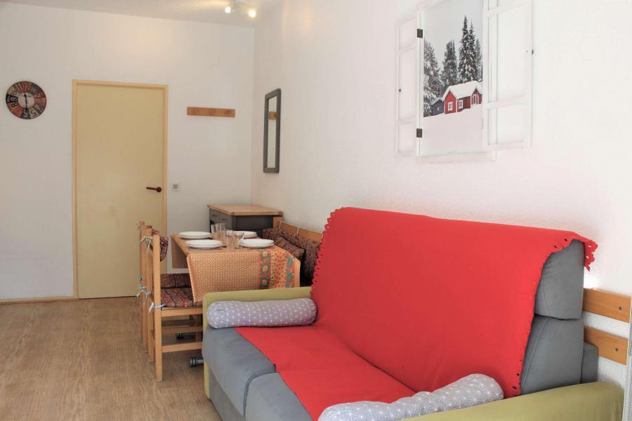 Rent in ski resort Studio sleeping corner 4 people (213) - Résidence l'Eyssina - Vars - Table