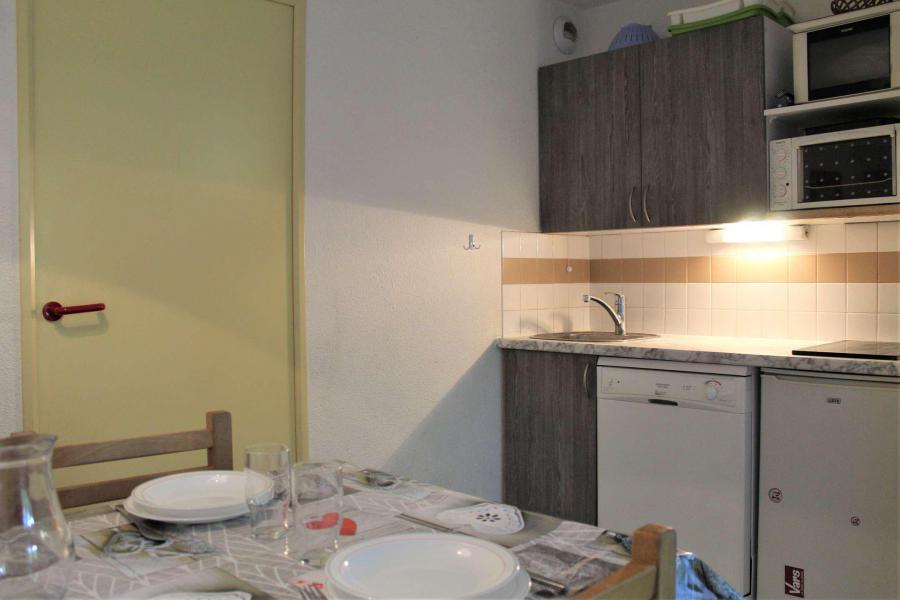 Rent in ski resort Studio sleeping corner 4 people (435) - Résidence l'Eyssina - Vars - Apartment