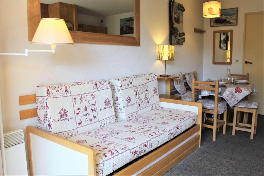 Rent in ski resort Studio sleeping corner 4 people (548) - Résidence l'Eyssina - Vars - Kitchenette