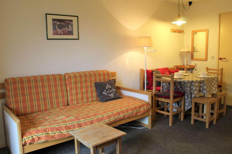 Rent in ski resort Studio sleeping corner 4 people (665) - Résidence l'Eyssina - Vars - Bench seat