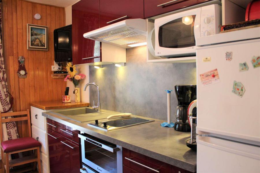 Rent in ski resort Studio 3 people (002) - Résidence les Chabrières - Vars - Kitchen