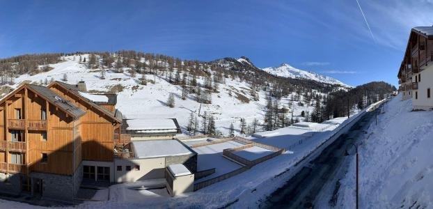 Location au ski Appartement 2 pièces 4 personnes (83) - Chalets des Rennes - Vars - Extérieur hiver