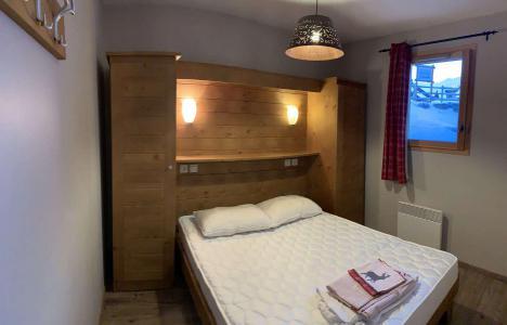 Location au ski Appartement 2 pièces 4 personnes (60) - Chalets des Rennes - Vars - Lit double