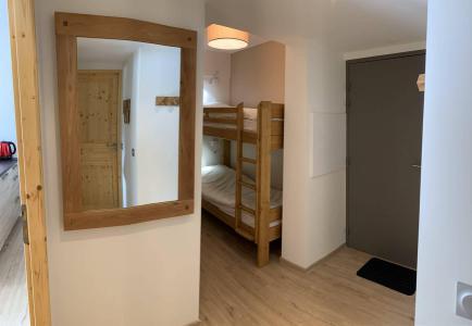 Location au ski Appartement 3 pièces 6 personnes (55) - Chalets des Rennes - Vars - Lits superposés