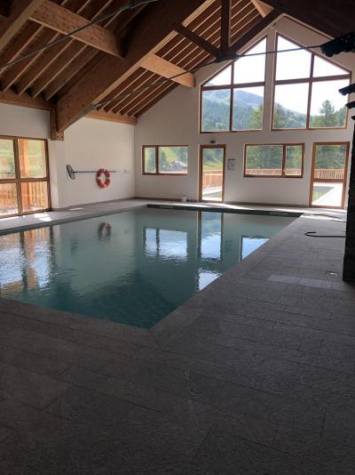 Location au ski Appartement 3 pièces 6 personnes (55) - Chalets des Rennes - Vars - Piscine