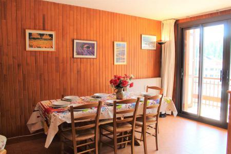 Rent in ski resort 3 room apartment 8 people (015) - Résidence Centre Vars - Vars - Bunk beds