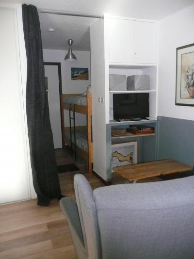 Rent in ski resort Studio sleeping corner 4 people (022) - Résidence Centre Vars - Vars