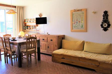 Rent in ski resort Studio sleeping corner 4 people (023) - Résidence Centre Vars - Vars