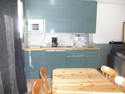 Rent in ski resort Studio sleeping corner 4 people (022) - Résidence Centre Vars - Vars - Apartment