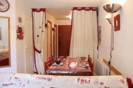 Rent in ski resort Studio sleeping corner 4 people (045) - Résidence Centre Vars - Vars - Living area