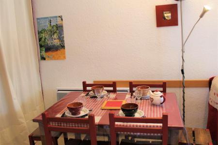 Rent in ski resort Studio sleeping corner 4 people (045) - Résidence Centre Vars - Vars - Sofa bed