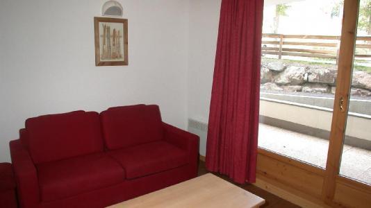 Location au ski Appartement 2 pièces 4 personnes (U002) - Résidence Ecrin des Neiges - Vars - Canapé