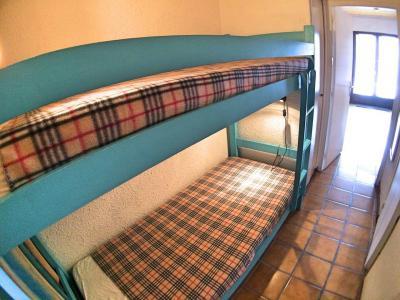 Rent in ski resort Studio sleeping corner 4 people (07) - Résidence Hostellerie - Vars - Apartment
