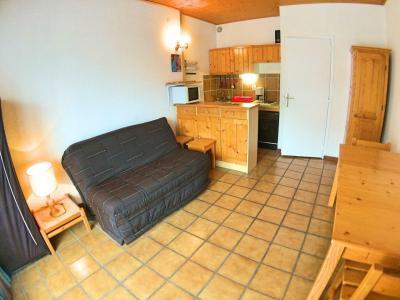 Rent in ski resort Studio sleeping corner 4 people (07) - Résidence Hostellerie - Vars - BZ-sofa