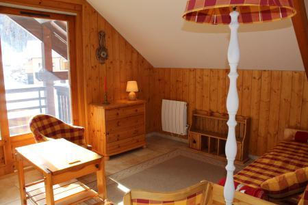 Rent in ski resort 3 room apartment 6 people (10ALB) - Résidence l'Aiglon - Vars