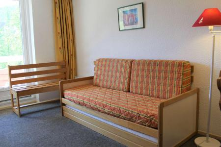 Rent in ski resort Studio sleeping corner 4 people (887) - Résidence l'Eyssina - Vars - Sofa-bed