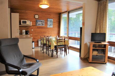 Rent in ski resort Studio cabin 6 people (402) - Résidence l'Olan - Vars - Settee
