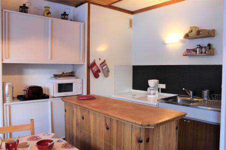 Rent in ski resort Studio sleeping corner 5 people (205) - Résidence l'Outagno - Vars