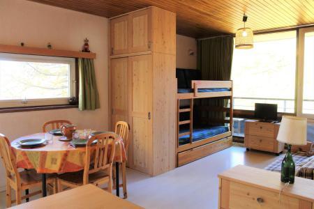 Rent in ski resort Studio sleeping corner 4 people (608) - Résidence l'Outagno - Vars