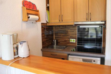 Rent in ski resort Studio sleeping corner 4 people (616) - Résidence Lauzet - Vars - Kitchenette