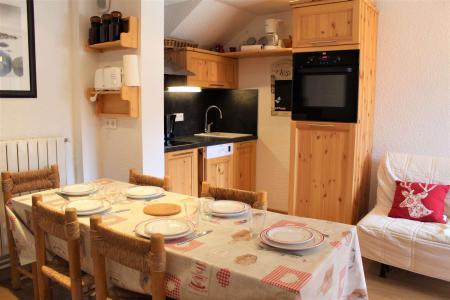 Rent in ski resort 2 room duplex apartment 5 people (0018) - Résidence le Hameau - Vars - Sofa bed