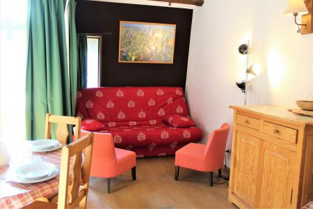 Rent in ski resort 2 room duplex apartment 6 people (019) - Résidence le Hameau - Vars - Apartment