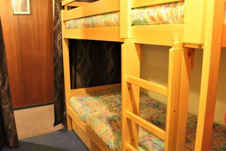 Rent in ski resort Studio sleeping corner 6 people (201) - Résidence le Lubéron - Vars