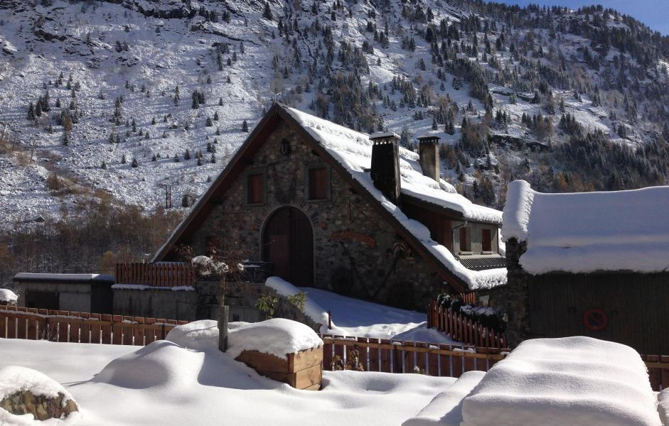 Location au ski Chalet Louise - Vaujany - Extérieur hiver