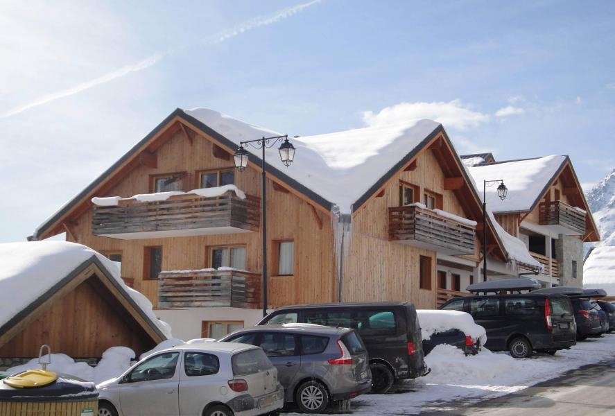 Urlaub in den Bergen Résidence les Valmonts de Vaujany - Vaujany - Draußen im Winter