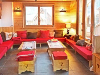 Rent in ski resort Chalet Ysengrin - Vaujany - Living room
