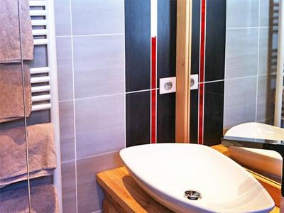 Rent in ski resort Chalet Ysengrin - Vaujany - Wash-hand basin