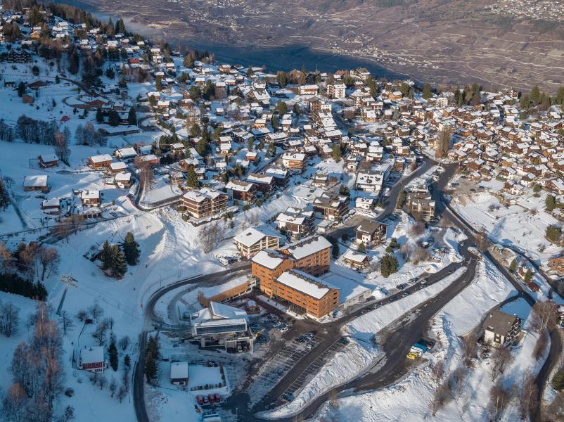 Location au ski Résidence Swisspeak Resorts Vercorin - Vercorin - Extérieur hiver