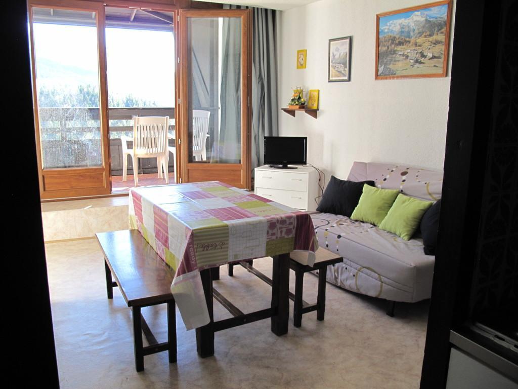 Location au ski Studio cabine 4 personnes (622T5) - Residence Les Glovettes - Villard de Lans - Salle à manger