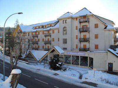 Rent in ski resort Résidence le Grand Adret - Villard de Lans - Winter outside