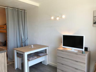 Rent in ski resort Studio 4 people (I22) - Résidence les Arolles - Villard de Lans