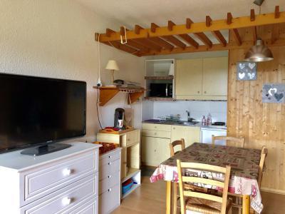 Rent in ski resort Studio cabin 4 people (307T20) - Résidence les Glovettes - Villard de Lans - Living room